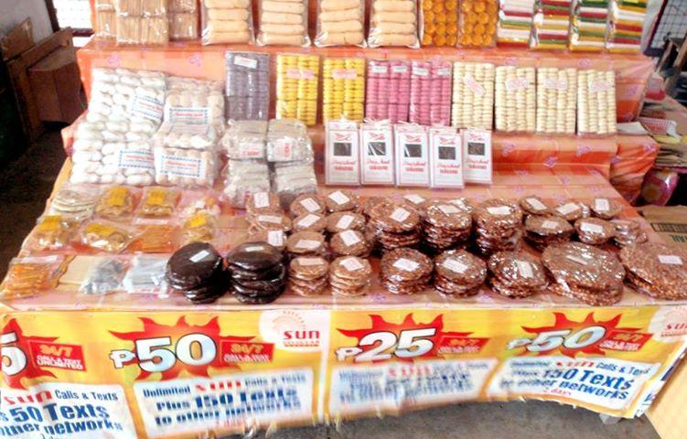 パヌッチャとは?ピーナッツを黒砂糖で丸く固めたフィリピン名物です。