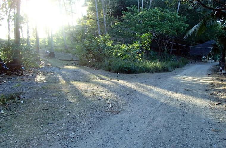 ムリエ港からのんびり歩いて約30分。静かでプライベート感のあるボケテビーチへ|プエルトガレラを歩こう!旅・散歩コースVol.002