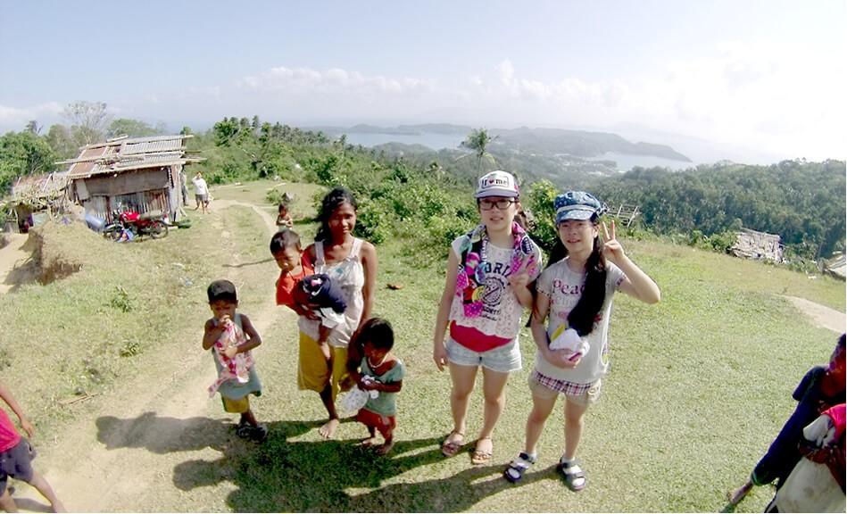 少数民族マンギャン族のこどもたちに会いに行こう!もう着れなくなった子供服を持って。みんなのプエルトガレラ旅日記 VOL.002