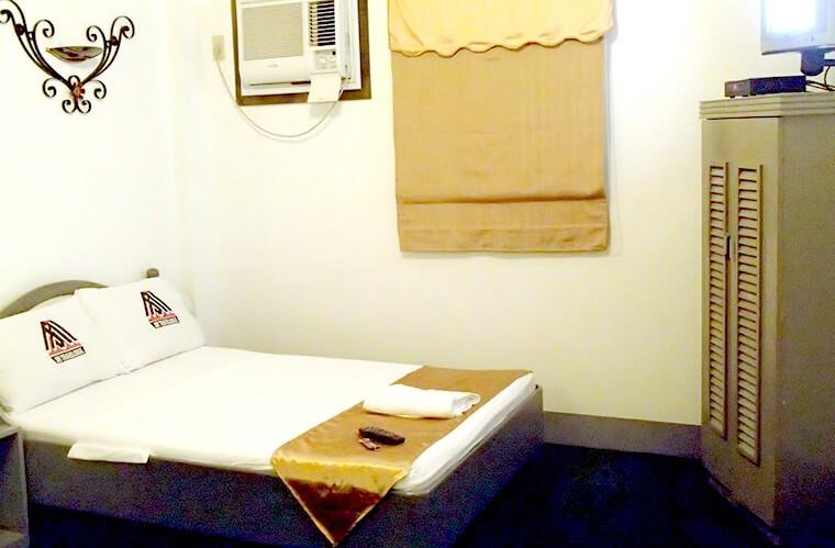 プエルトガレラ入りの前日にバタンガスで手頃にホテルに泊まるなら!SM Travelodge in Batangas