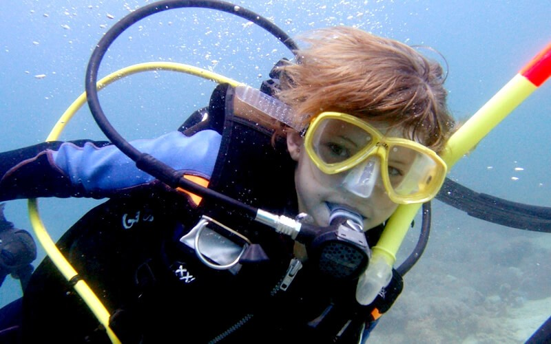 ジュニアオープンウォーター取りたて!11歳のキュートなふたりがファイダイブへ!in Sabang Point 2015/04/07