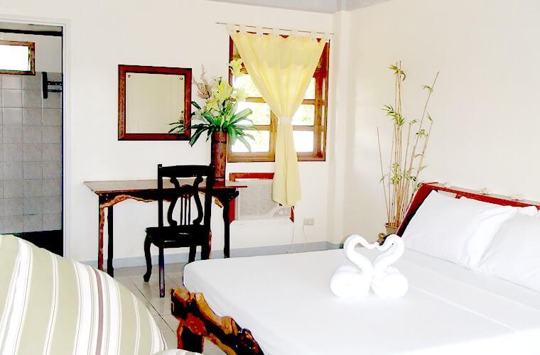 静かでプライベートな雰囲気で過ごせるかも?ボケテビーチのホテル Elizabeth's Hideaway|リピーターやファミリーにも。