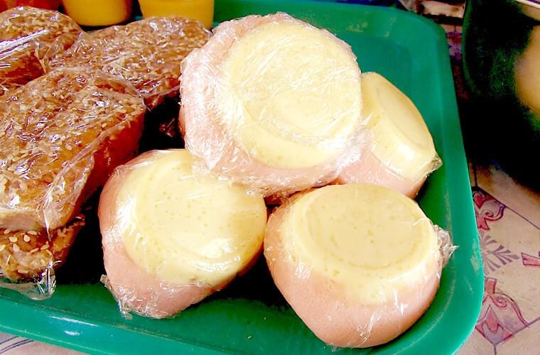ほんのり甘くて朝食・おやつにぴったりな米粉蒸しパン。プト -PUTO-|プエルトガレラで食べる!フィリピンスイーツVol.001
