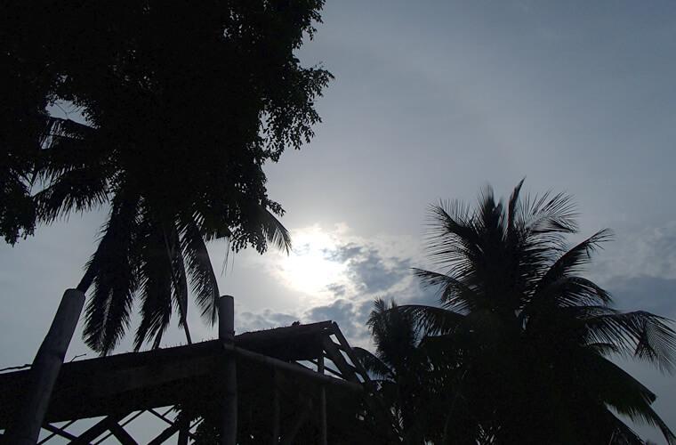 プエルトガレラの天気 2015年5月9日 今年のGWはダイビング日和な晴天が続きました!でも今は台風6号が発生中・・・。