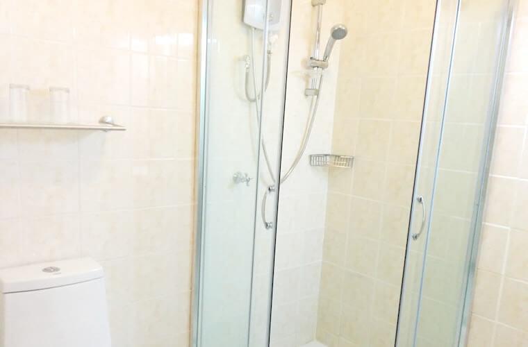 ユニットシャワールームですが、きれいなので文句なしです。